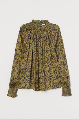 H&M Ruffle-collar Wide-cut Blouse - Green