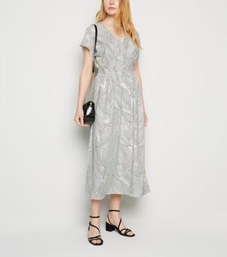 New Look Blue Vanilla Monochrome Leaf Midi Dress