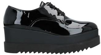 Twiggy Lace-up shoe