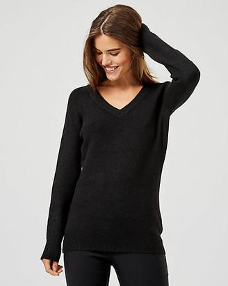 Le Château Knit V-Neck Long Sleeve Sweater