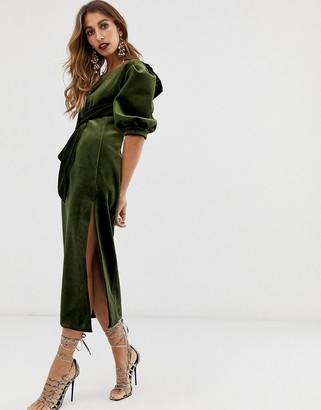Asos Edition EDITION asymetric puff sleeve midi dress in velvet-Green
