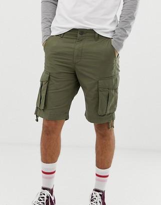 Jack and Jones cargo shorts in khaki-Green