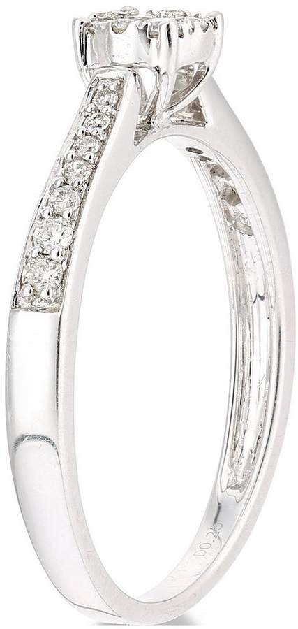 Very 9ct White Gold 25 Points Of Diamonds Ring With Stone Set Shoulders