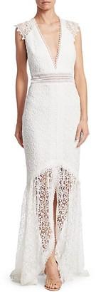 ML Monique Lhuillier Plunging High-Low Lace Gown