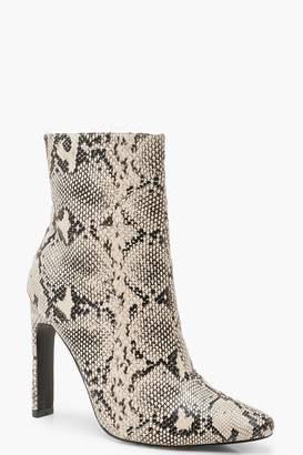 boohoo Snake Flat Heel Shoe Boots