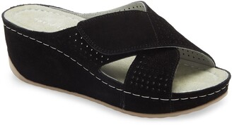 David Tate Iconic Wedge Sandal