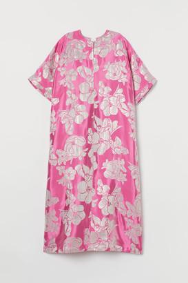 H&M Shimmering Metallic Kaftan - Pink