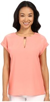 Ellen Tracy Hardware Keyhole Shell Top