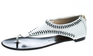 Giuseppe Zanotti White Leather Chain Trim Flat Thong Sandals Size 42