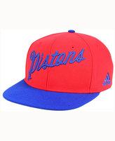 adidas Detroit Pistons Seasons Greeting Snapback Cap