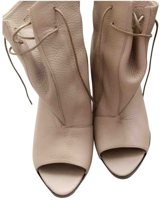 Burberry Beige Leather Ankle boots