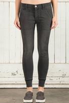 Fidelity Skinny Jogger Jeans