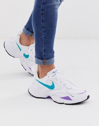 Nike Heights trainers in white