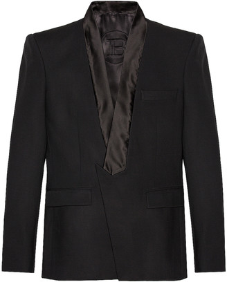 Balmain Collection Fit Pointed Collar Jacket in Noir | FWRD