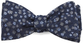 Tie Bar Free Fall Floral Navy Bow Tie
