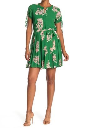 Dr2 By Daniel Rainn Short Sleeve Pleated Skirt Dress