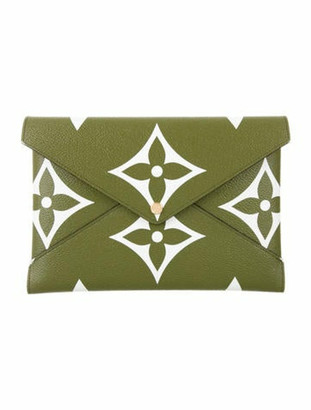Louis Vuitton 2019 Monogram Giant Pochette Kirigami GM Olive