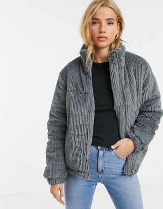 New Look faux fur cord puffer jacket in gray