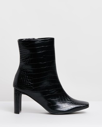 Therapy Effie Ankle Boots