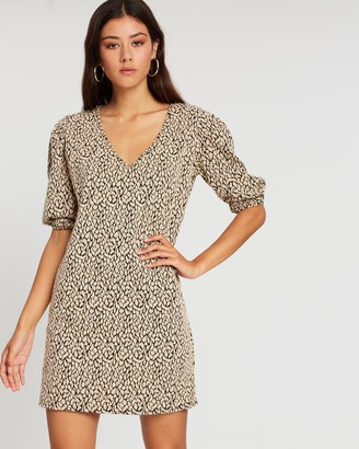 boohoo Leopard Jacquard Puff Sleeve Shift Dress