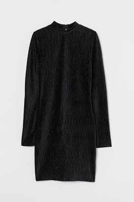 H&M Crinkled Velour Dress