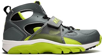 Nike Air Trainer Huarache sneakers