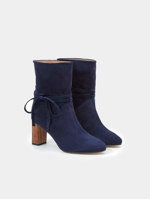 Sclarandis Silvia Tie Boot in Navy Blue Size 39 Leather