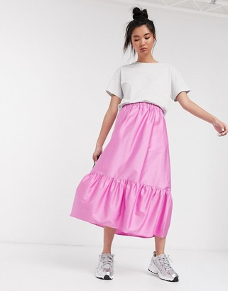 Weekday Macie tiered crinkle midi skirt in pink