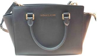 Michael Kors Selma Black Leather Handbags