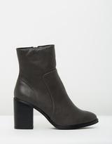 Spurr Paris Block Heel Ankle Boots