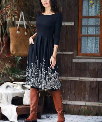Reborn Collection Women's Maxi Dresses Black - Black & White Floral Pocket Pleated Midi Dress - Women & Plus