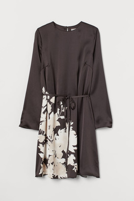 H&M Printed Satin Dress - Black