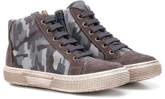 Pépé Camouflage High Top Sneakers