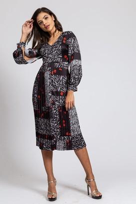 Liquorish Pleated Dress with Open Sleeves in Poppy mix Zebra and Animal print