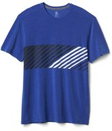 Gap GapFit Breathe chest-stripe tee