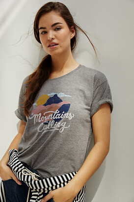 Anthropologie Mountains Are Calling Graphic Tee By in Grey Size XS