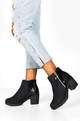 boohoo Wide Fit Zip Side Chelsea Boots