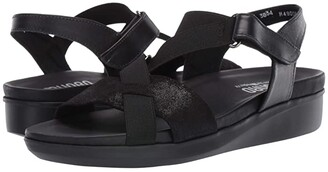 Munro American Andie (Black Leather) Women's Sandals