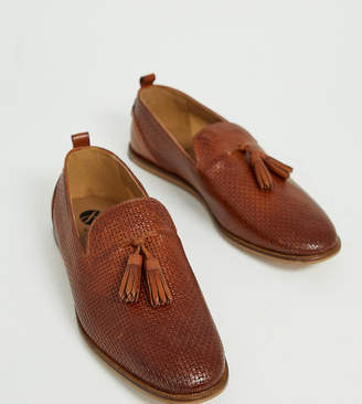 H By Hudson Wide Fit Comber embossed woven tassel loafers in tan