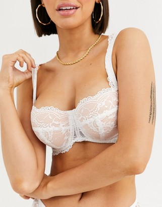 Asos Design DESIGN Fuller Bust Faye underwire padded bra with lace & mesh-White