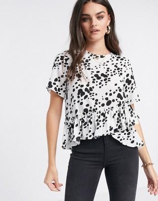 ASOS DESIGN woven t-shirt with ruffle hem in mono print