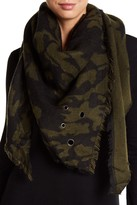 David & Young Rivet Triangle Camo Scarf