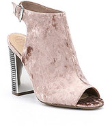 GUESS Geogia2 Velvet Shooties