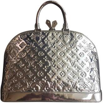 Louis Vuitton Alma Silver Patent leather Handbags