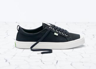 Cariuma OCA Low Black Canvas Sneaker Men