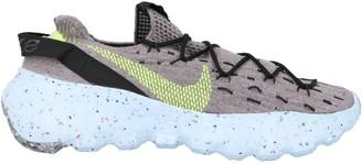 Nike Space Hippie 04 Low-Top Sneakers