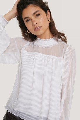 NA-KD Pleated Frill Neck Blouse