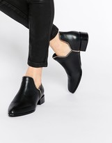 Senso Bailey Zip Cut Out Leather Ankle Boots