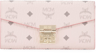 MCM Patricia Visetos Two-Fold Wallet-on-Chain