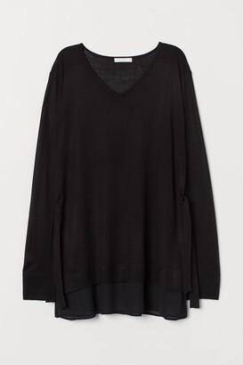 H&M MAMA Fine-knit Nursing Sweater